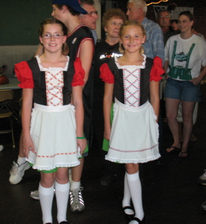 BURLINGTON OKTOBERFEST COSTUMES