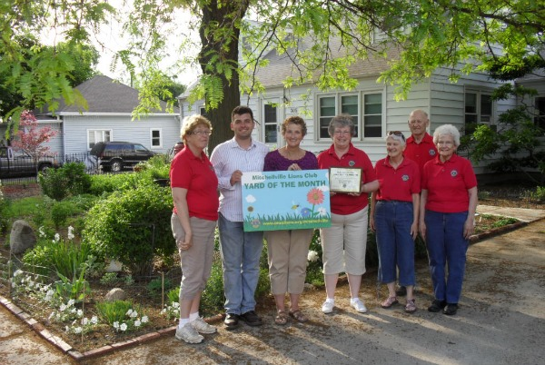 Gwen Seward Lewis June Yard of the Month